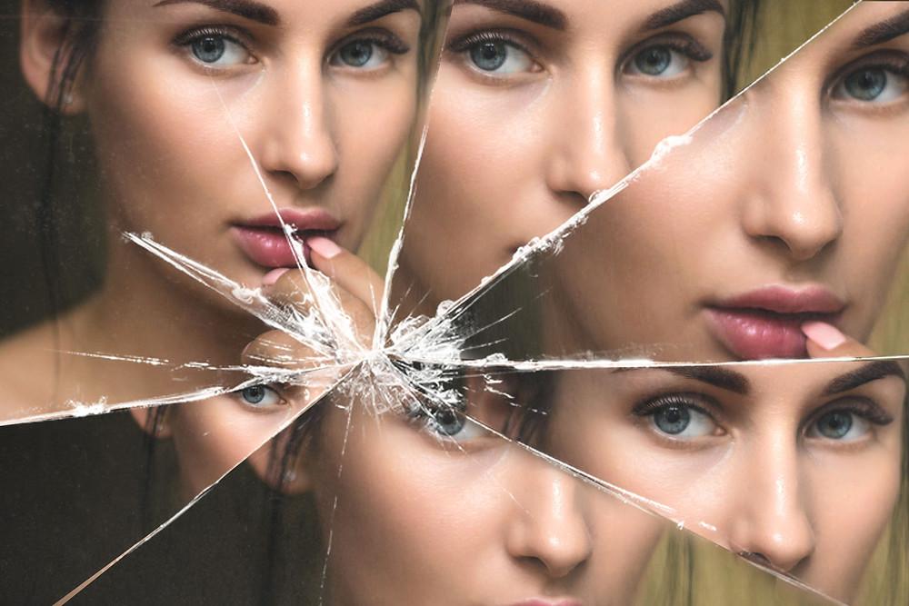 broken mirror effect photoshop