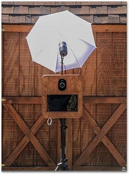 rustic, photobooth, umbrella light