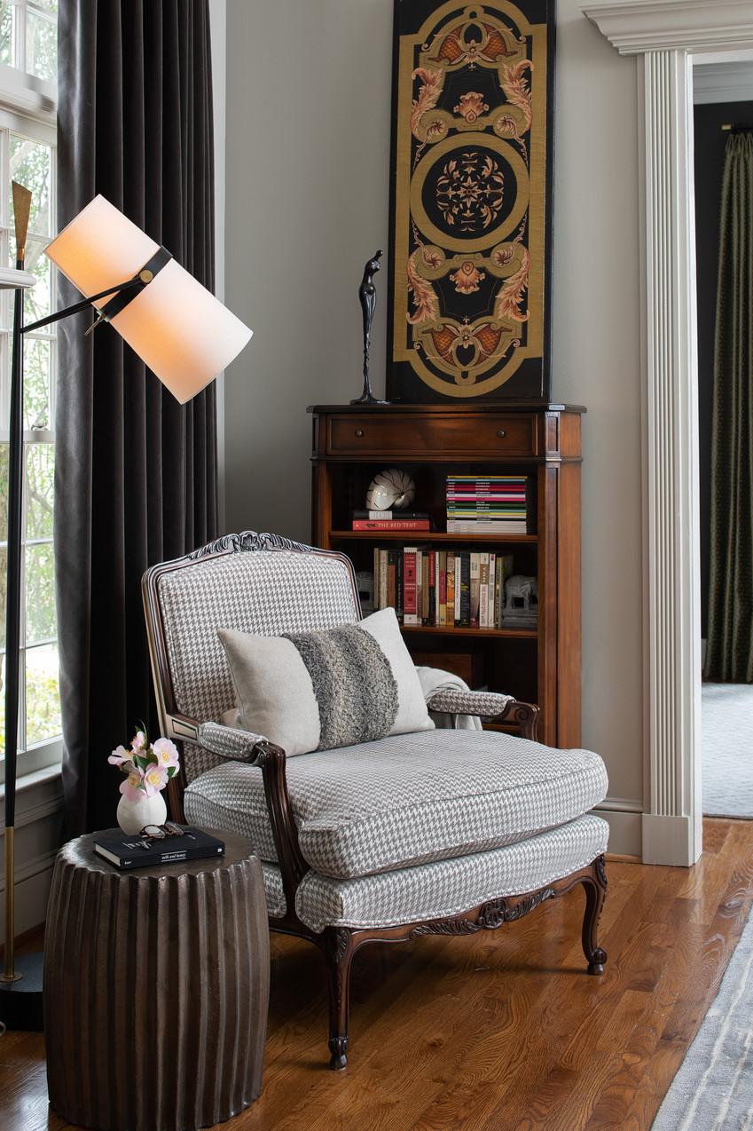 howell - living room detail.jpg
