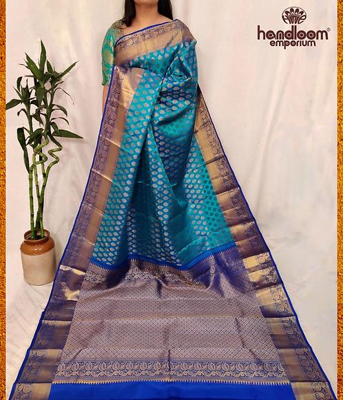 Blue and Dark Blue Kanjivaram Buti Pure Silk Saree