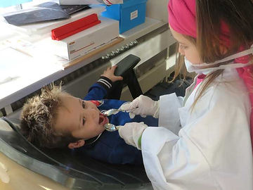Voor tandarts of arts spelen