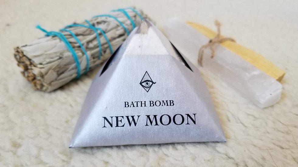 New Moon Bath Bomb 4oz