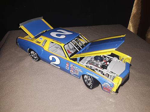 Dale Earnhardt #2 2002 Legendary series Model