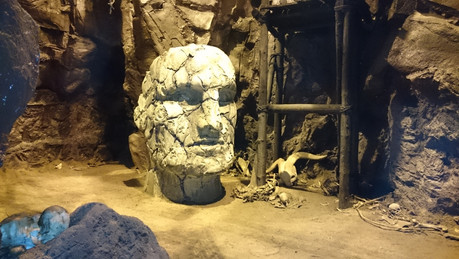 Grendl's Cave (6).JPG