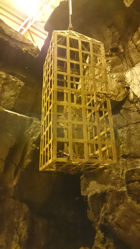 Grendl's Cave (3).JPG