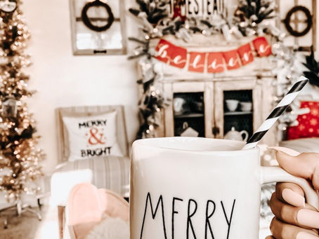 The Perfect Christmas Day | 6 Magical Family Traditions | Guest Post By Rae Elizabeth Design