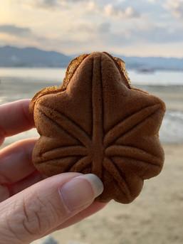 מומיג'י מנג'ו עוגיות בצורת עלי מייפל