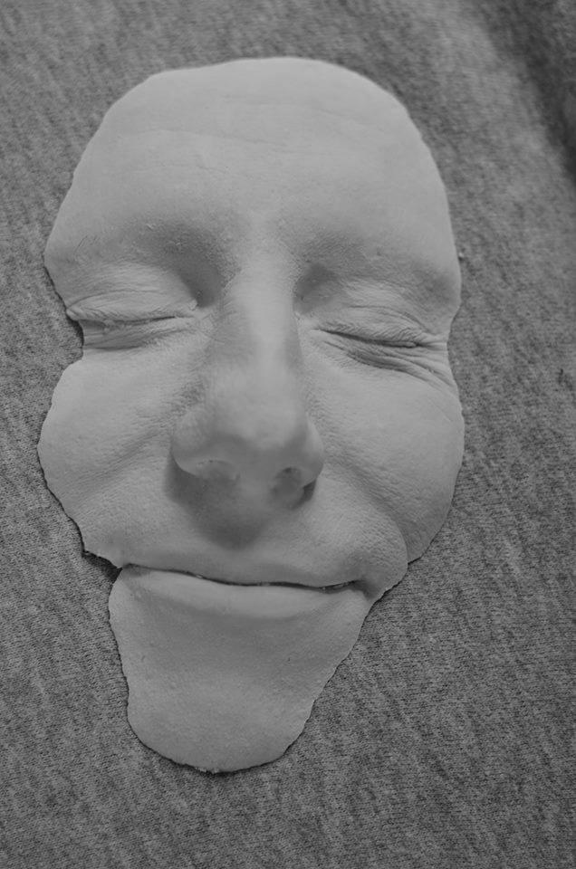 Face cast.