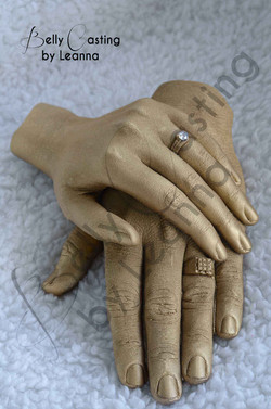 Couple hand casting