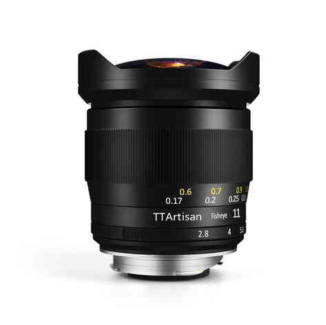TTArtisan 11mm F2.8 E-Mount 20 € al día.