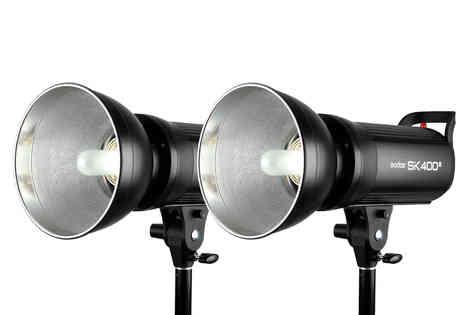 2 Flashes Godox SK400 II 30€