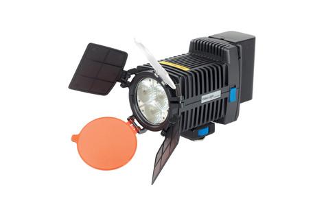 LED 5001 (3 LED) 20€ (con 2 baterías)