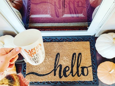 Fall Front Porch On a Budget!