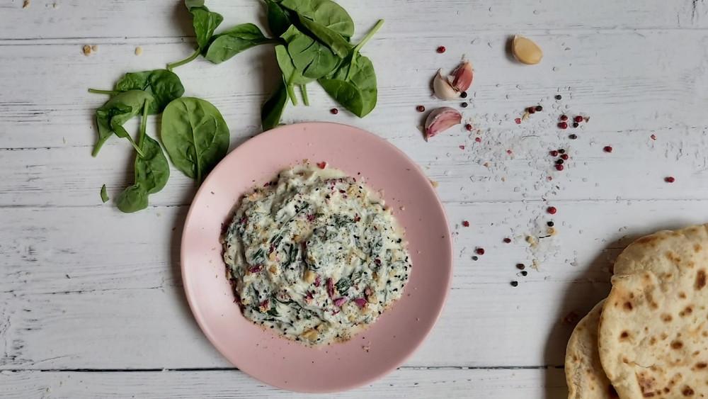 Spinach and Yogurt Dip - Boorani-e-Esfenaj