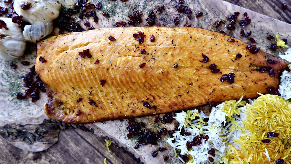 Baked salmon infused with saffron