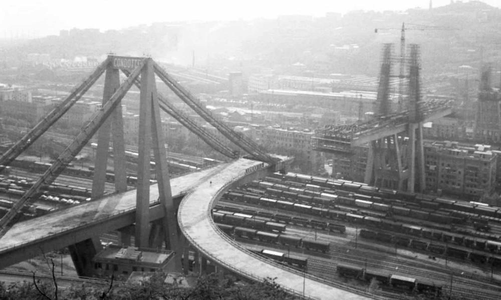 Morandi Bridge under construction in 1965