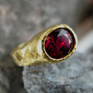 Rubellite Gold ring