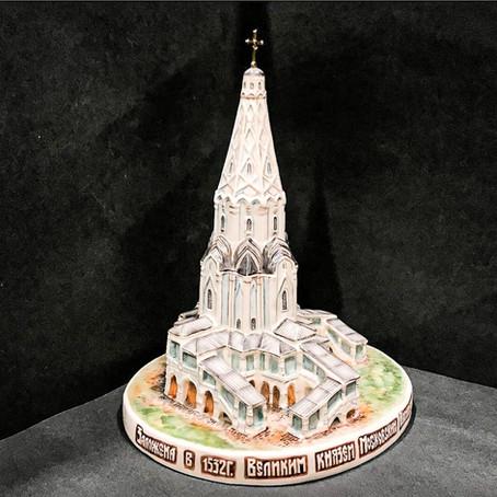 Kustodia - porcelain copies of Moscow buildings