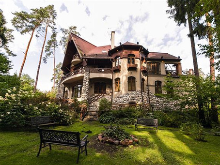 Rent a group dacha - near Moscow