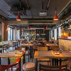 Touche wine bar - cozy & tasty