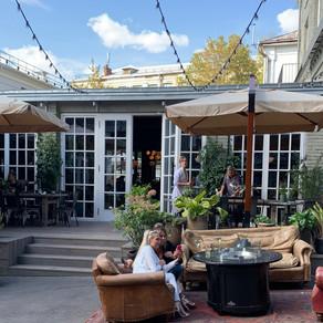 Blanc - cosy style courtyard restaurant