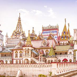 Izmailovo market - buying Russian souvenirs