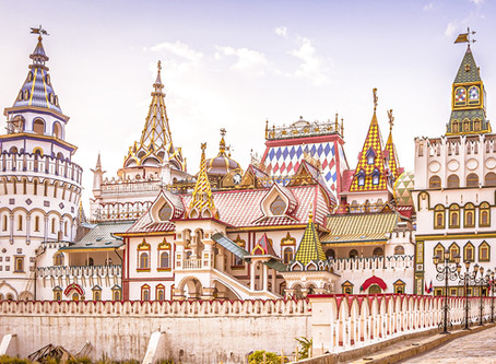 Izmailovo market - Russian souvenirs