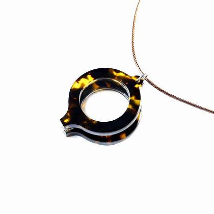 Magnifying Glass-Tortoise