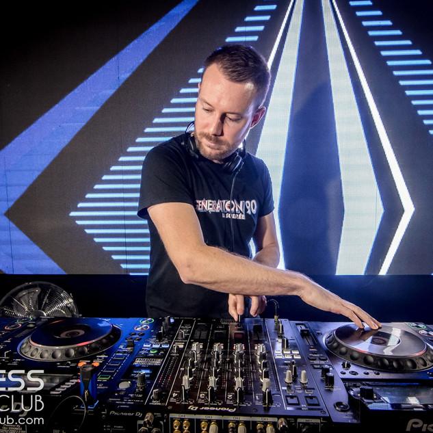 DJ MAST (2).jpg