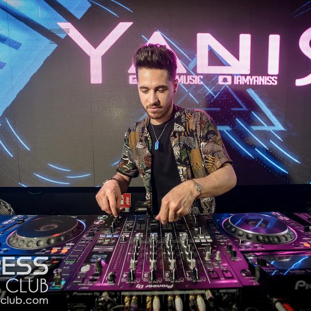 YANIS S (35).jpg