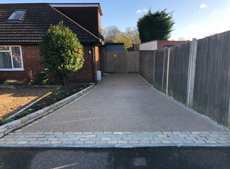 Resin Driveway with Limestone Cobbles