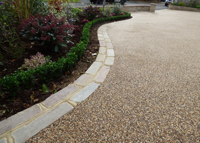Resin Bound Driveway with stone edging