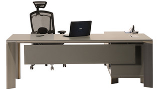 Lavan-Beta-executive-office-desk-with-in
