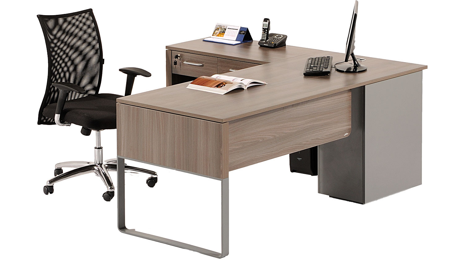 Baran-modern-office-desk-with-integrated