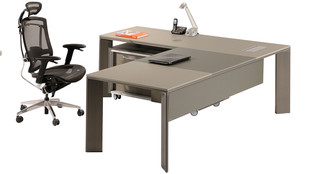 Lavan-alfa-executive-modern-office-desk-
