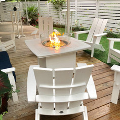 Private back deck with firepit and TV