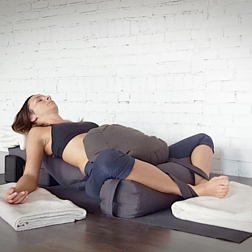 yin-yoga-restaurateur-yoga-sommeil-la-renarde
