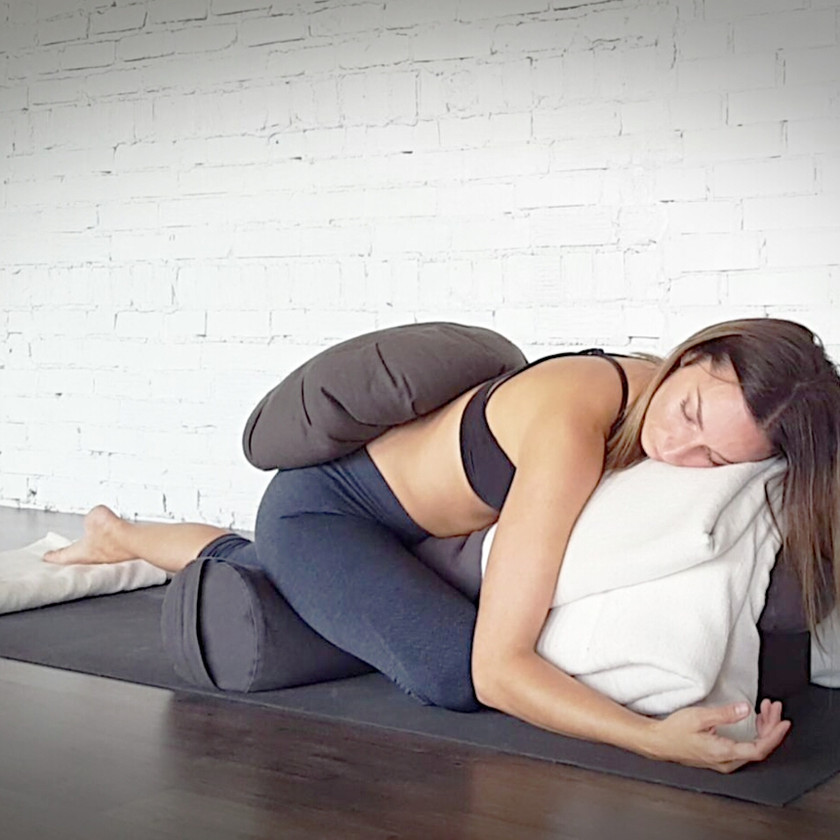 yin-yoga-restaurateur-yoga-sommeil-la-renarde-5