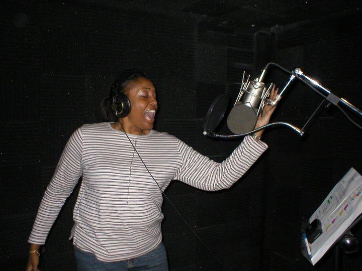 FF Songbird Fela, doing her  thing!