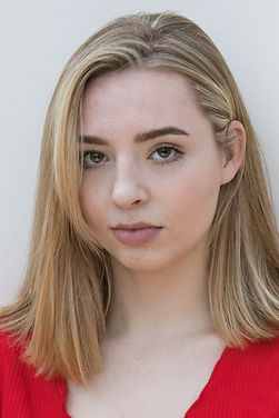 Emilia Hargreaves - Headshot 2019 by Fiona Canfield