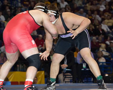 Dustin Fox (Northwestern) def. J. D. Bergman (Ohio State) _R3P8071-S
