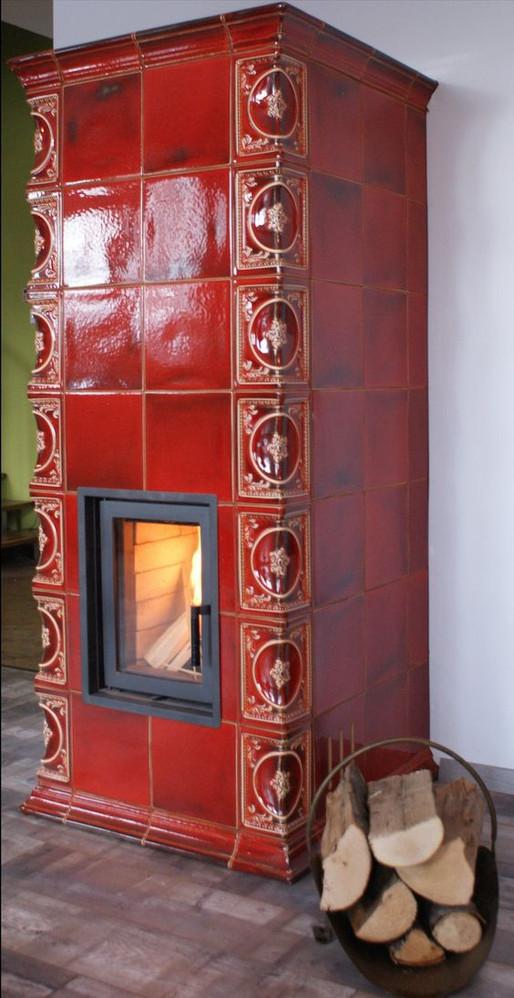 Stĺpové kachľové pece – minimálny priestor, maximálny výkon.