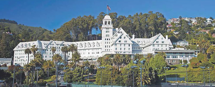 Claremont-Hotel2.png
