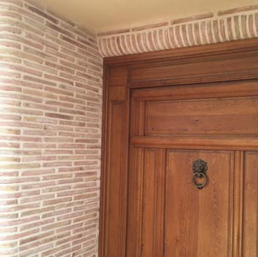 ladrillo de barro en fachada