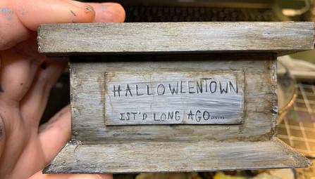 halloweentown details
