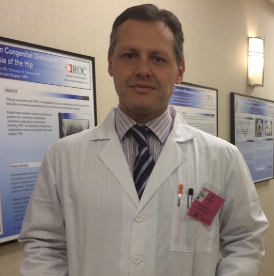 Dr Tomas Ilic, Cirugía de Cadera/Rodilla