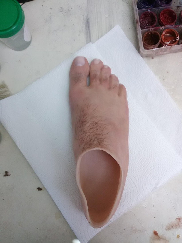 foot with hair