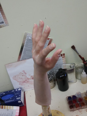 hand with fore arm finished
