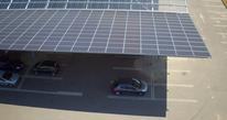 Ombrière solaire parking