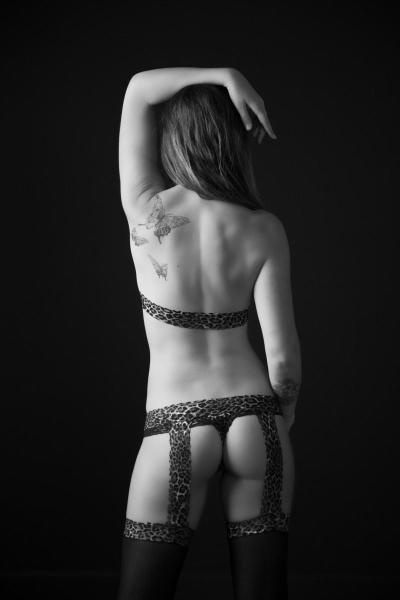 StudioR Boudoir Santa Cruz - with black lingerie